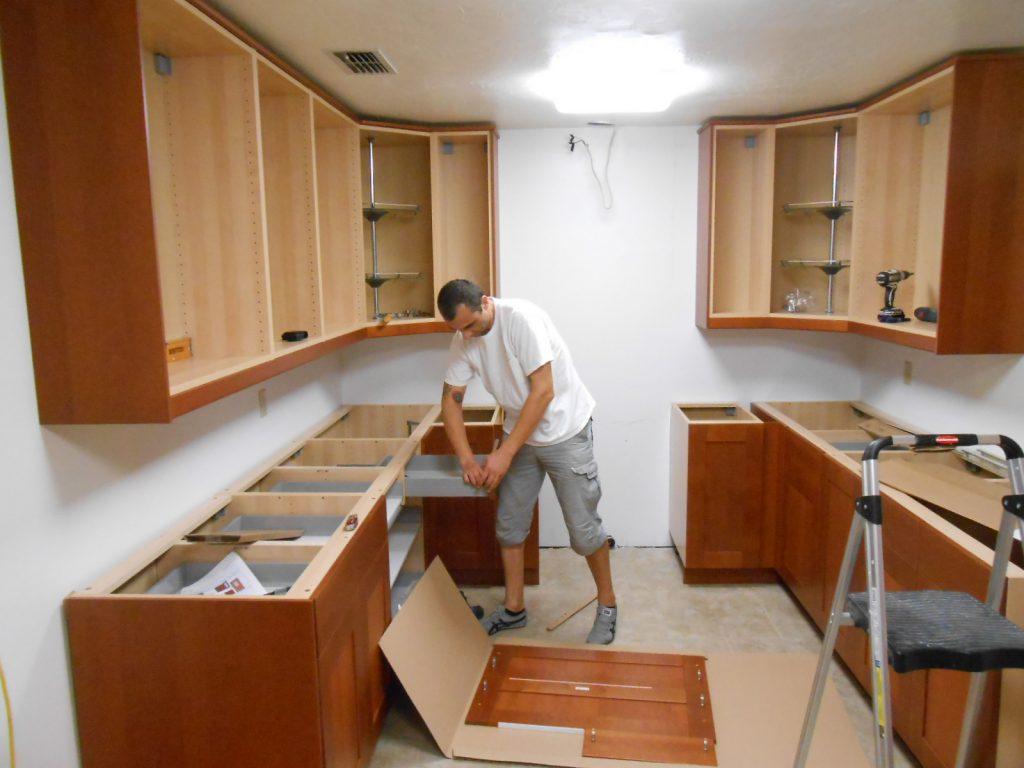 آموزش نصب انواع کابینت,آموزش نصب کابینت,ابزارهای کابینت,