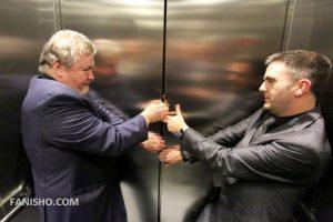 استفاده از زنگ خطر آسانسور,باز شدن در های آسانسور,خرابی آسانسور,
