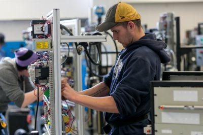 برق صنعتی چیست