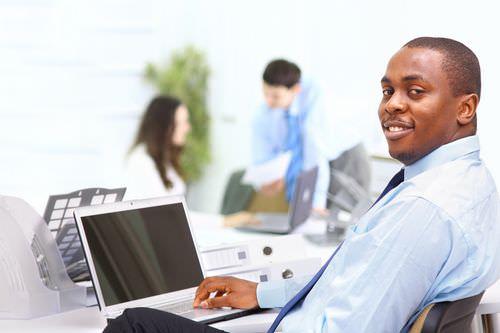 چه شغلی در کانادا خوبه,درآمد مشاغل در کانادا,لیست مشاغل کانادا,